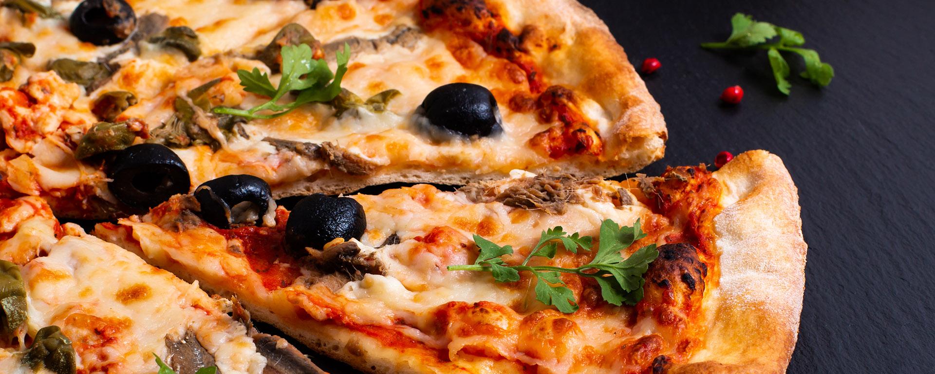 Seile´s Restaurant & Vino-Bar im Hegau-Tower Singen bietet beste PIZZA in der Nähe vom Bahnhof, Polizeiwache,